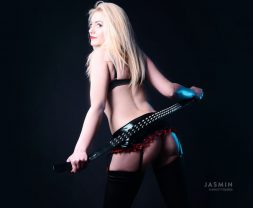 Fetish Lifestyle Live Cam Performer CharlotteQueen